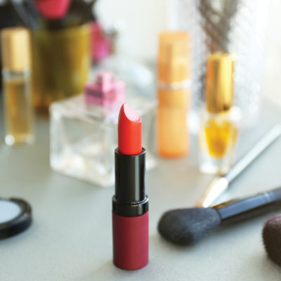 Ladies In Red: 5 Tips To Help You Rock Your Red Lipstick