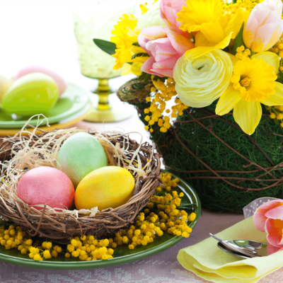 5 Easy, Affordable DIY Easter Table Centerpieces