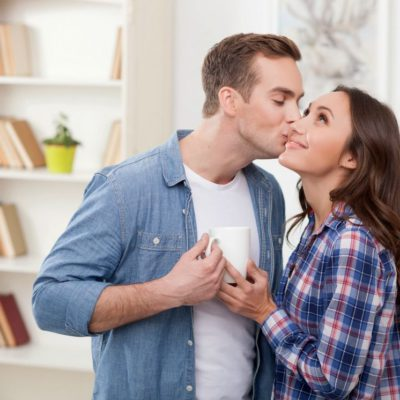 7 Different Ways Of Kissing And What Each Says About Your Partner